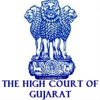 High Court of Gujarat Recruitment 2018: Apply for Hamal, Chowkidar, Liftman & Peon- Last Date: 30th Sep 2018