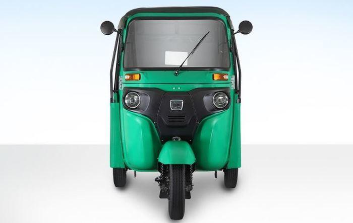 Bajaj RE Maxima Auto Rickshaw - Ex-showroom Price: Rs.2 Lakh